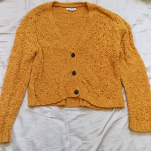 💙3/$25 Yellow cardigan AE